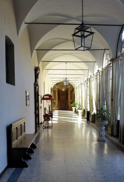 scuola_corridoio_zaccaria
